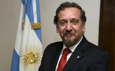 Dr Lino Barañao