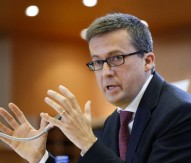 MEPs scrutinise next research commissioner