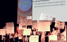 """""""Aim for radical innovation"""", says TomTom co-founder"""